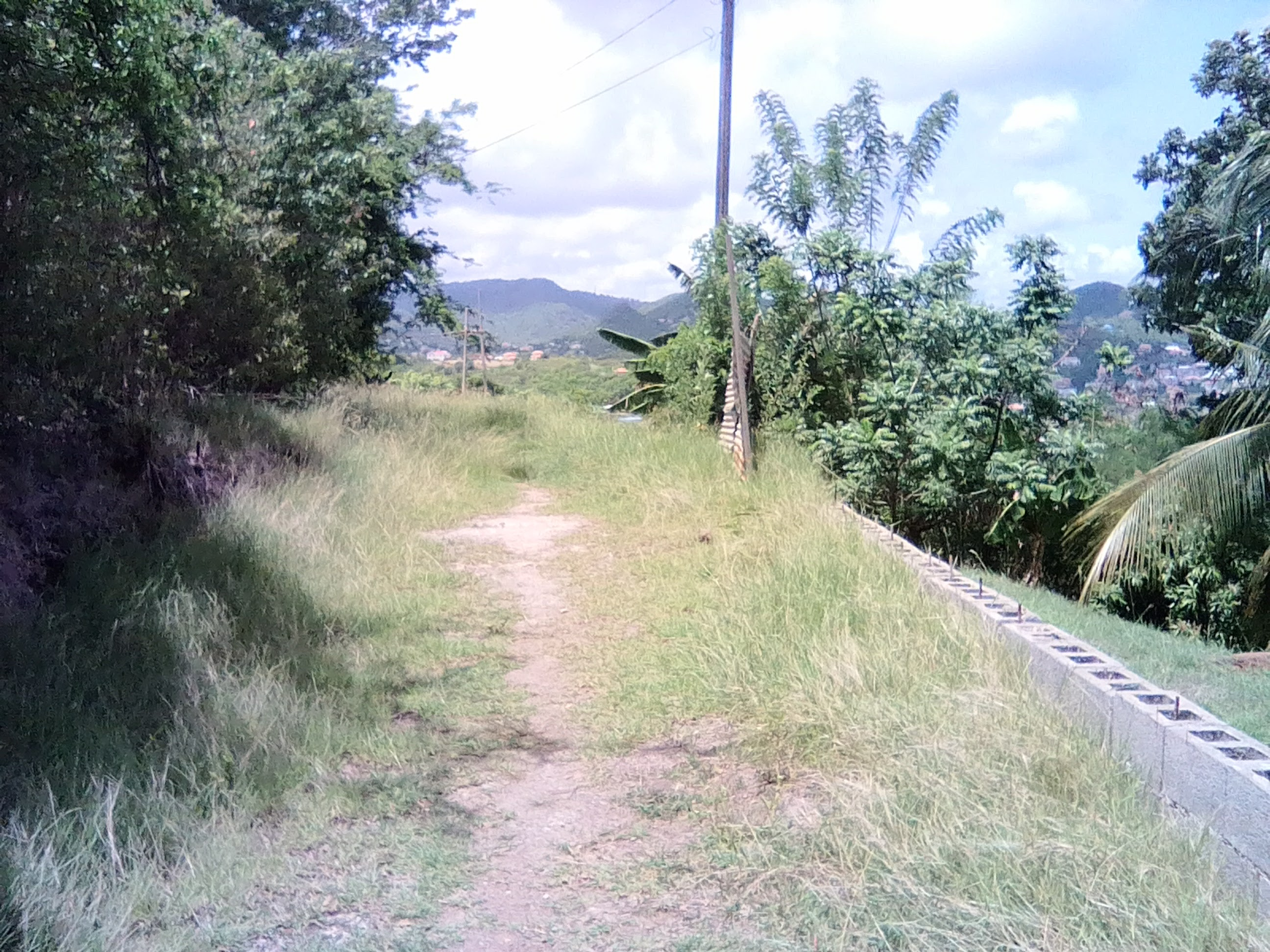 land with access road at rodney bay