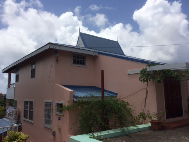 Apartment building fro sale at Rodney Heights St Lucia