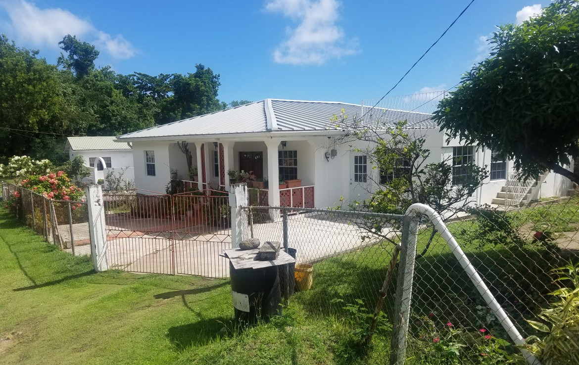 house for sale at morne beausejour vieux fort st lucia near horse track