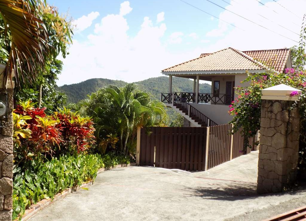 villa for sale in marigot - villa sherry