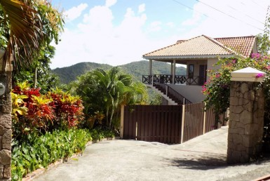 villa for sale in marigot - villa sherry