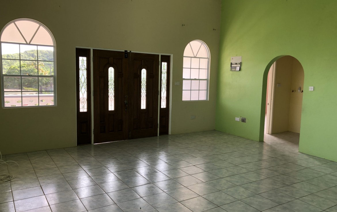house for sale in Pierrot Vieux Fort living room