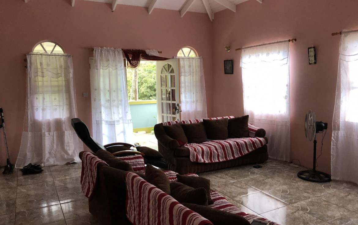house with apartment in soufriere st lucia for sale