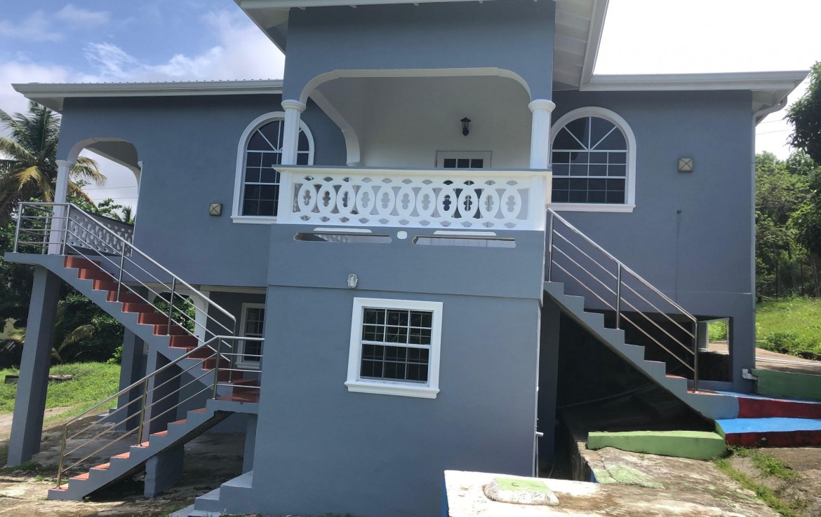 house for sale in vieux fort 5 bed 3 baths side