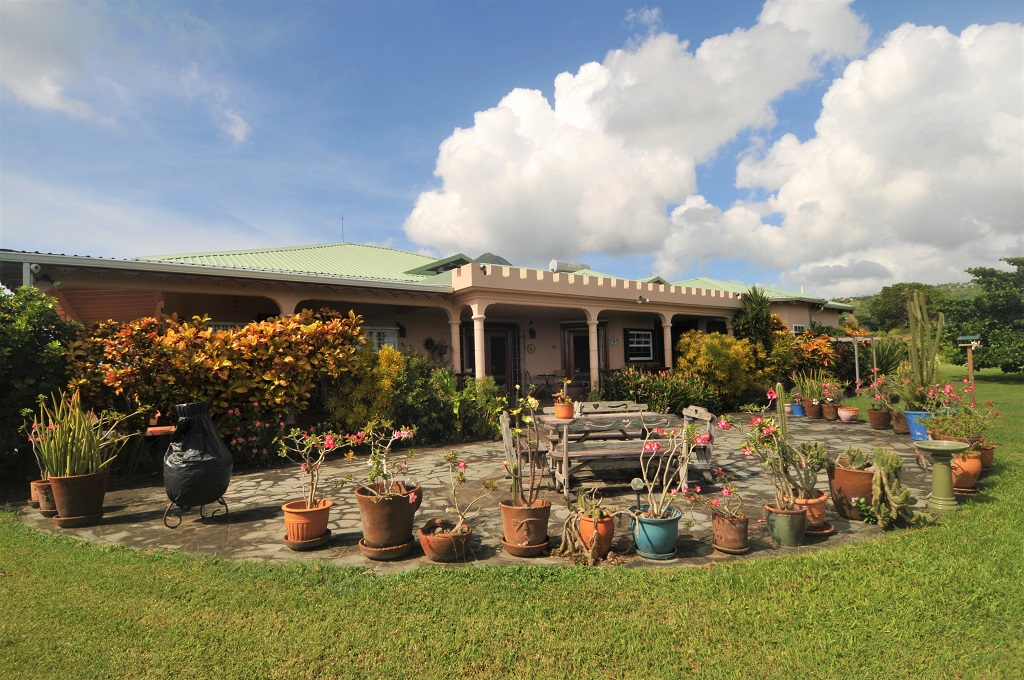 st lucia equine properties for rent