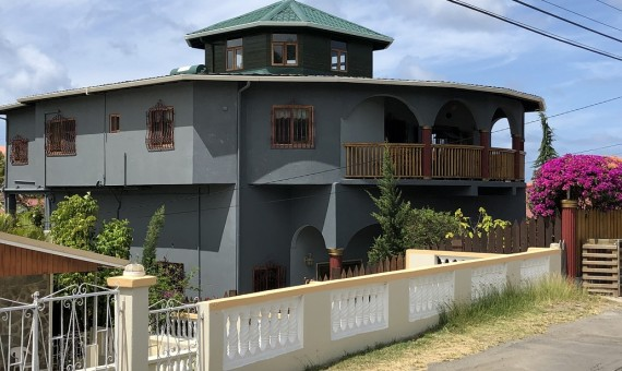 house for sale in rodney bay reduit park