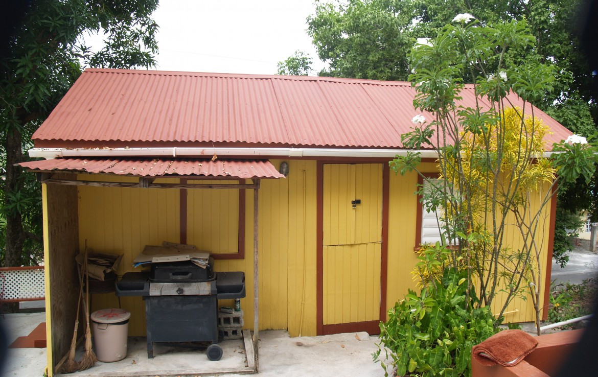 storage of house for sale in dennery