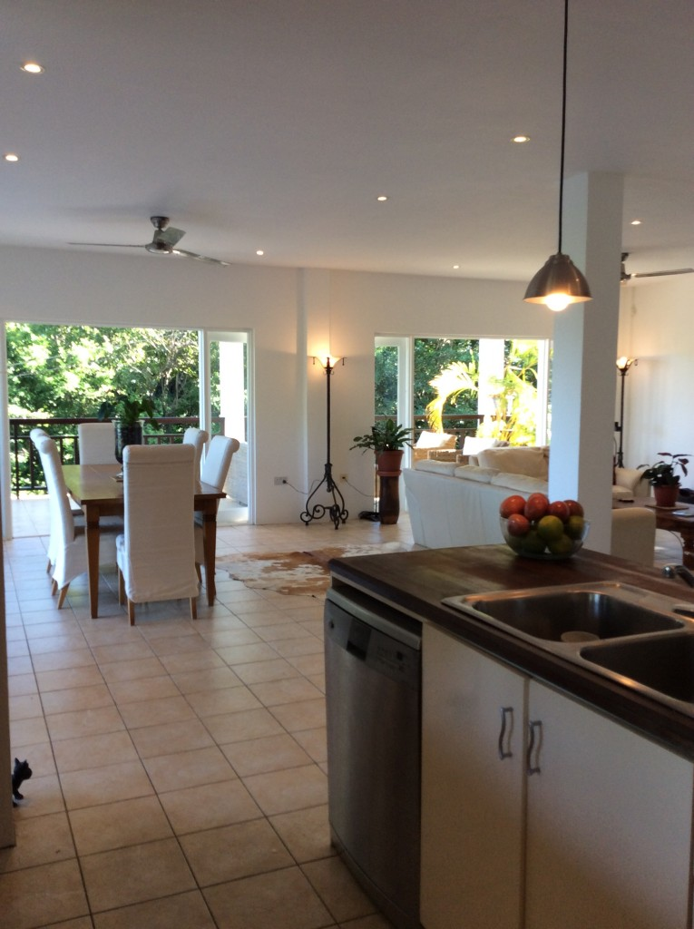 marigot st lucia villa for sale dining and kitchen