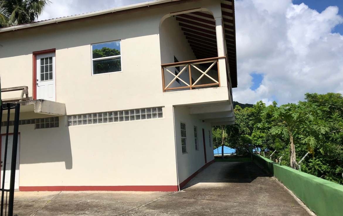HOUSE FR SALE in laborie saint ucia caribbean