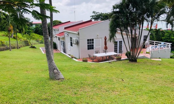 usd$350K 4 Bed house for sale at Moule-a-chique Vieux-fort saint lucia