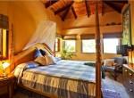 Capri room 2