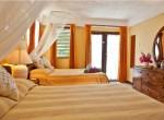 Capri room 5