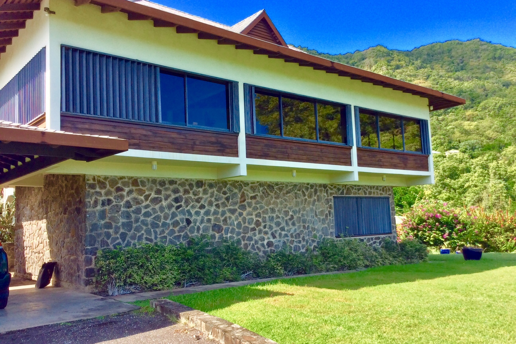 beautiful houses for sale in st lucia rodney bay