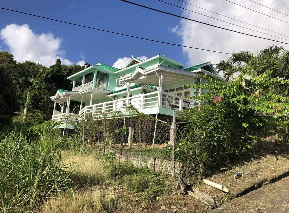 4 bed houe for sale in castries saint lucia