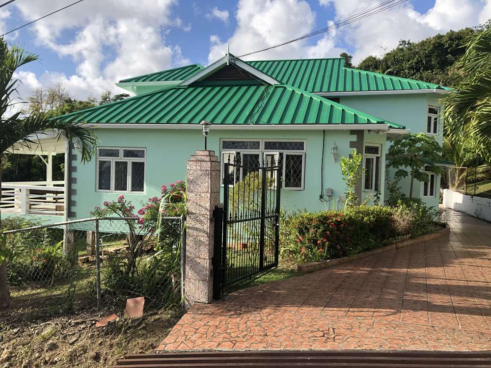 buying a house in st lucia town