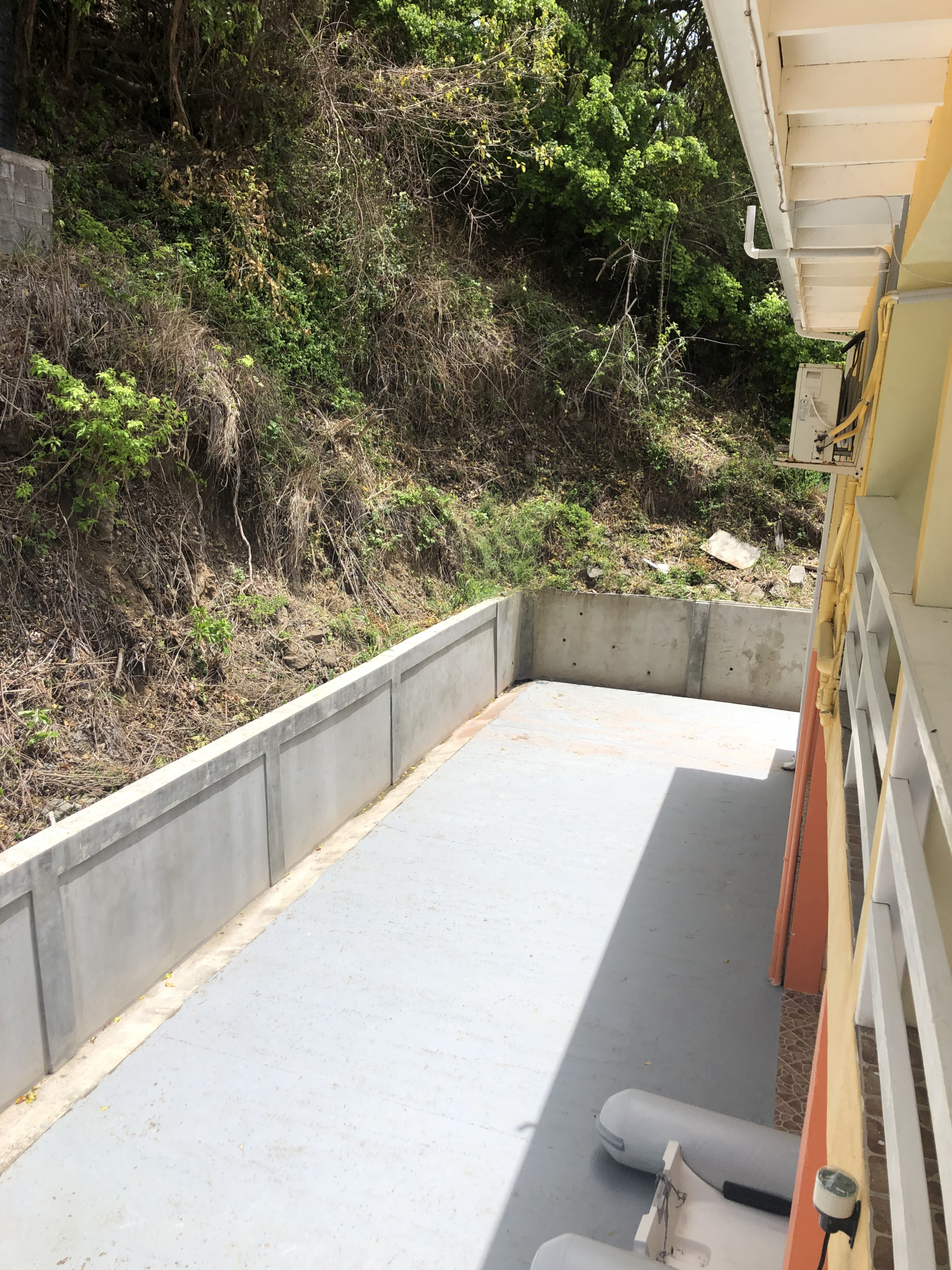 hotel for sale in vieux fort st lucia yard