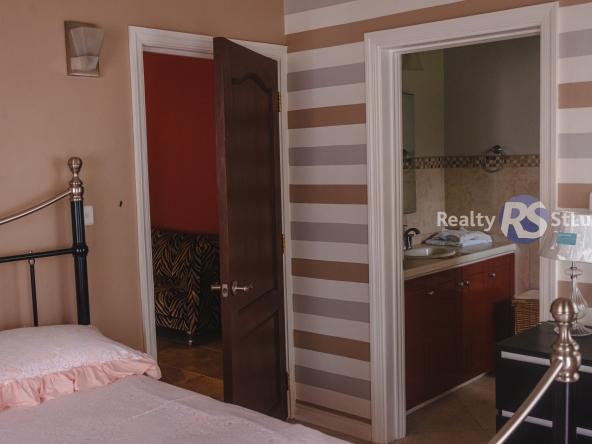 Houses For Sale In Saint. Lucia bath