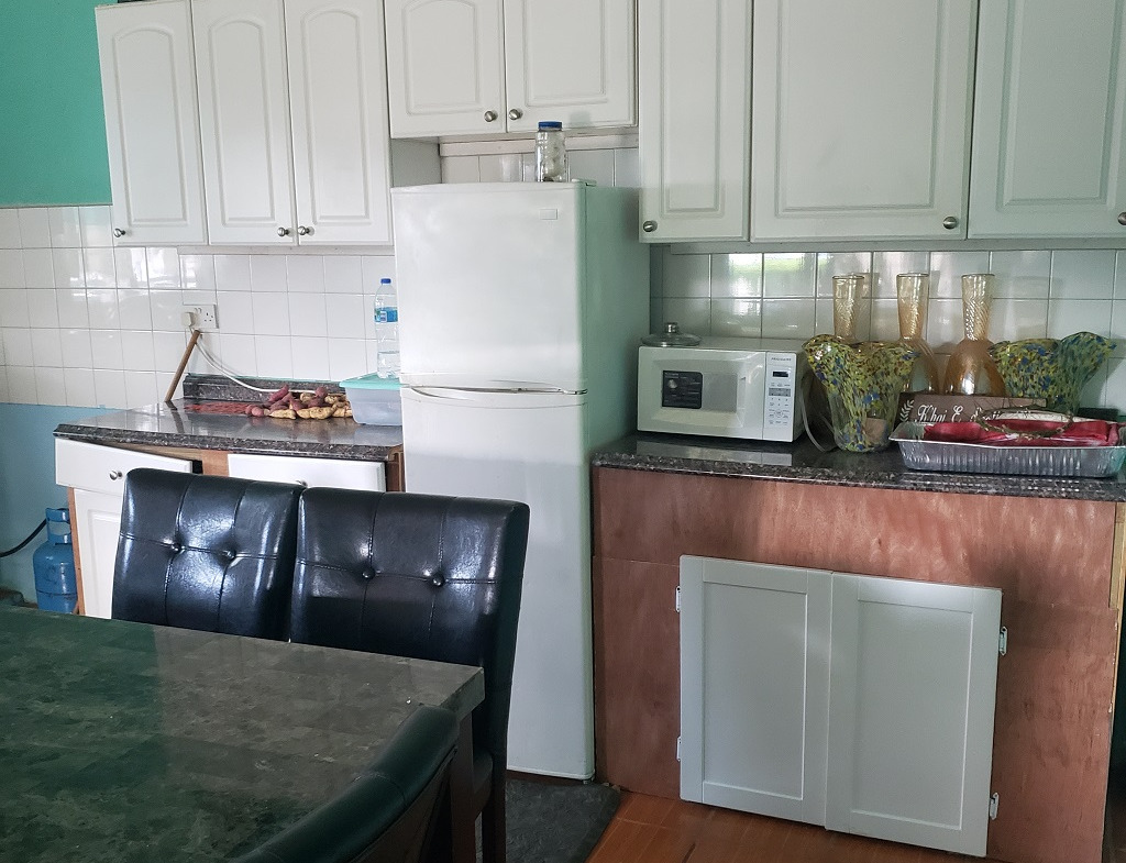 houe for sale in St Lucia piaye laborie