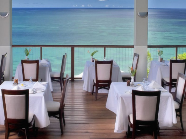 st-lucia-beachfront-hotel-for-sale-10-1152x600