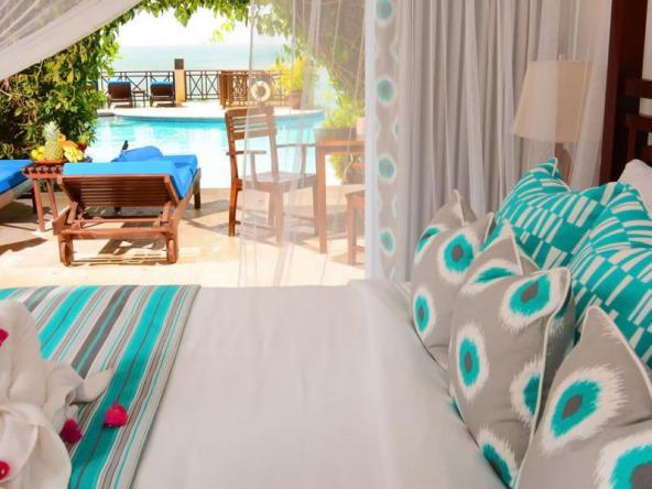 st-lucia-beachfront-hotel-for-sale-12-1152x600