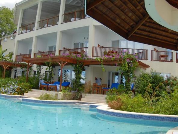 st-lucia-beachfront-hotel-for-sale-8-1152x600